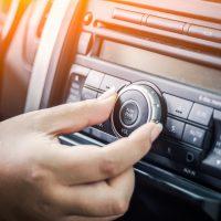 ¿Puede la radio sobrevivir en la era de los coches autónomos?