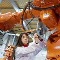 Ni Internet, ni la tecnología móvil; la robótica se abre paso