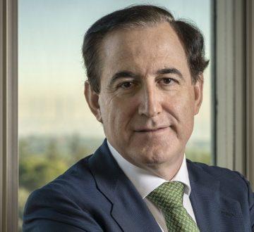 Los servicios financieros y el valor social. Entrevista a Antonio Huertas, presidente de MAPFRE*