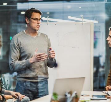Seis pasos para encarar el upskilling digital en el sector financiero