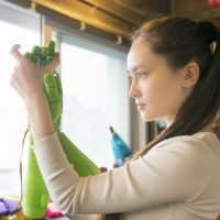 Cuatro medidas para impulsar el empleo femenino en el sector tecnológico