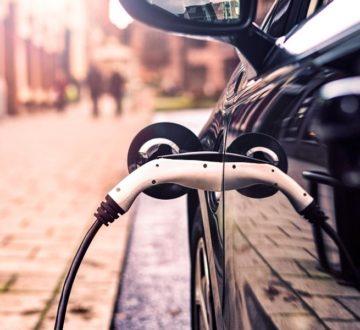 El coche eléctrico europeo, a máximo voltaje a pesar de la crisis